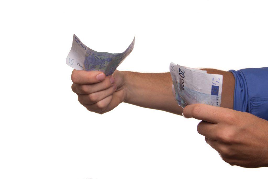 hand-finger-money-business-shopping-arm-1335728-pxhere.com