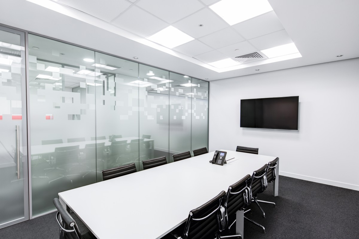 meeting_room_table_screen_conference_business_office_room_presentation-735694