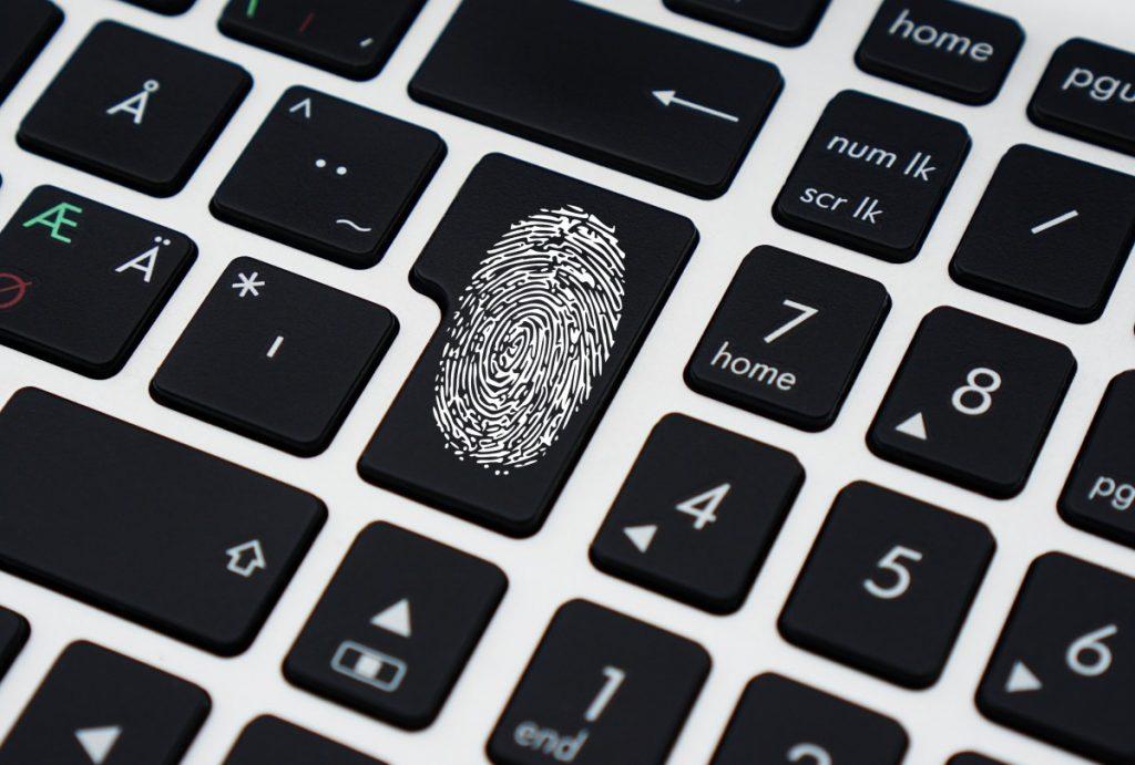 data_security_keyboard_computer_laptop_portable_fingerprint_burglary-545993