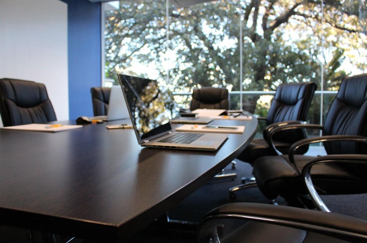 office_boardroom_meeting_table_boardroom_meeting_office_meeting_business_meeting-579290