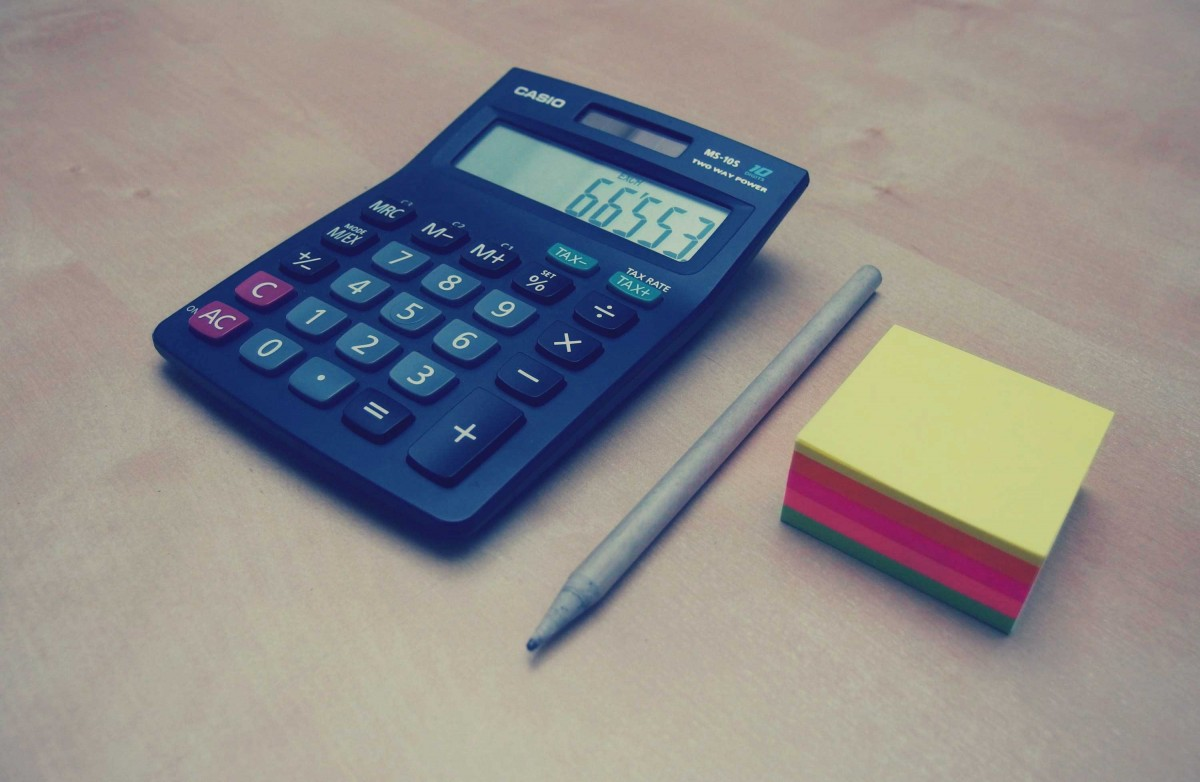 calculator_numbers_accounting_finance_pen_post_it_notes_business_office-698777