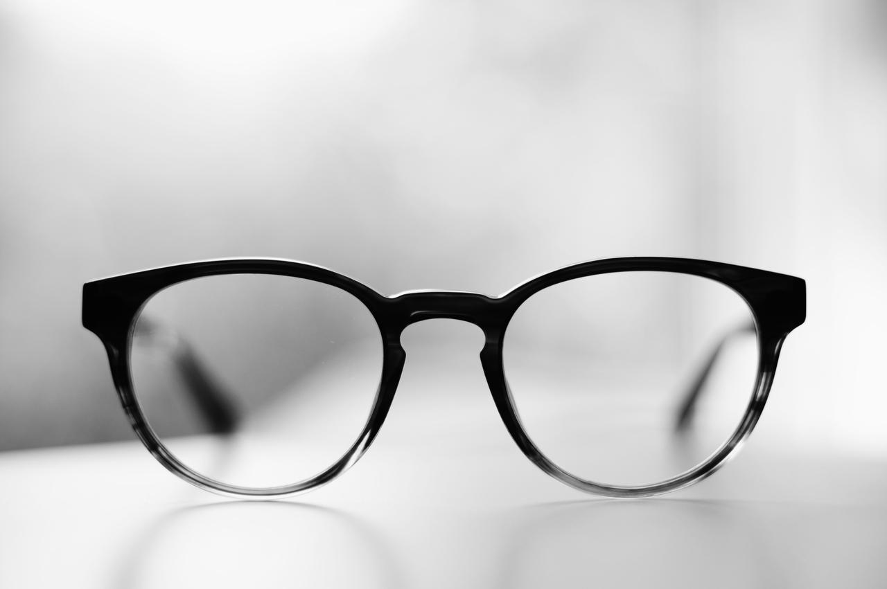 black-and-white-black-monochrome-font-sunglasses-glasses-1391790-pxhere.com