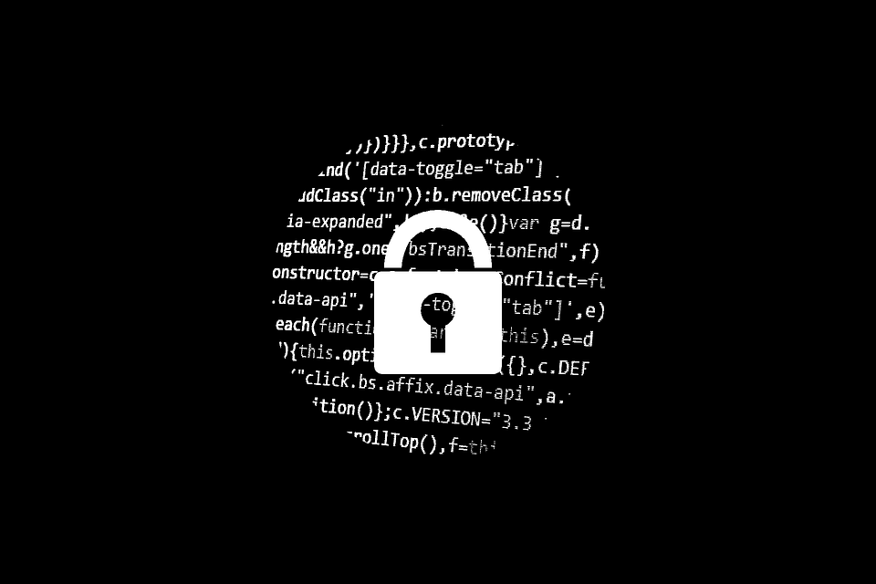 hacker-1944673_960_720