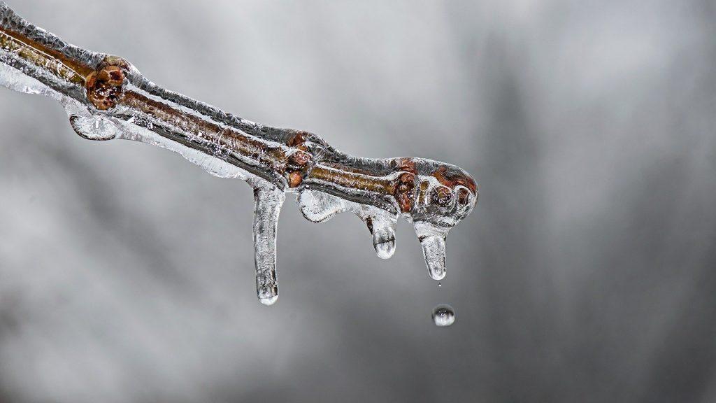 ice-570500_1920