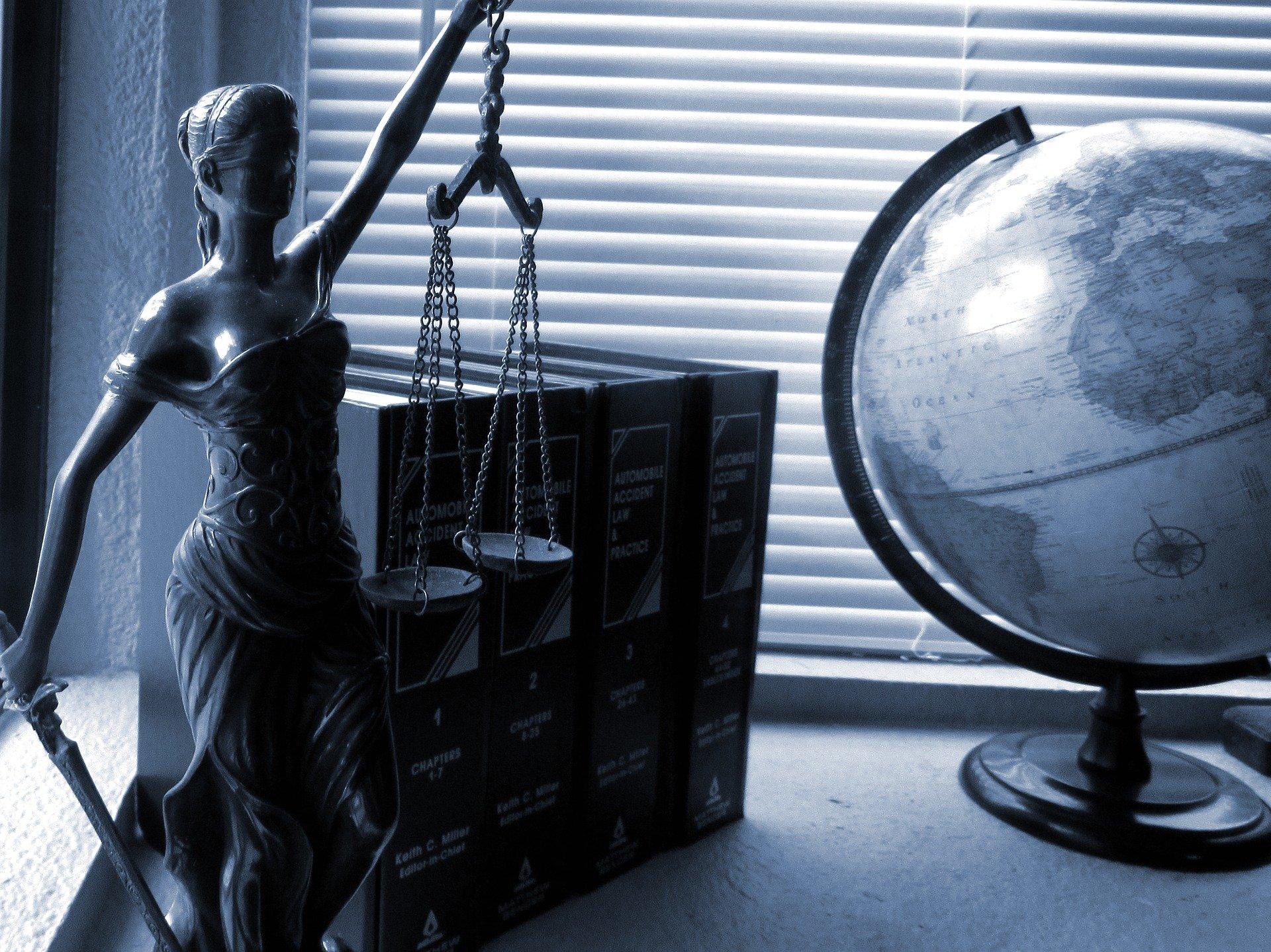 Responsabilità professionale dell'avvocato: l'onere probatorio incombe sul cliente danneggiato.