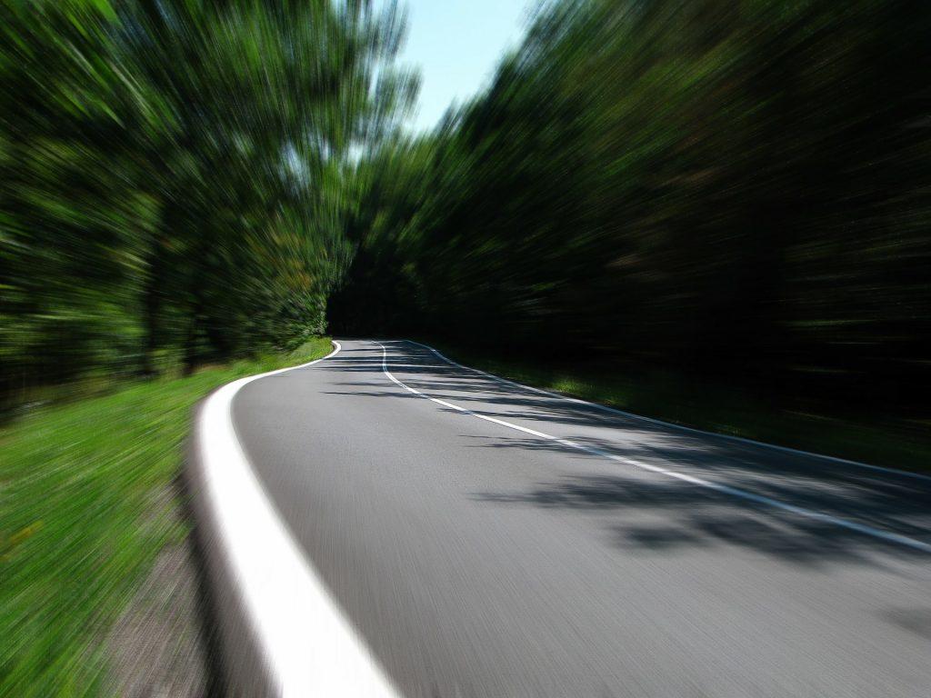road-259815_1920