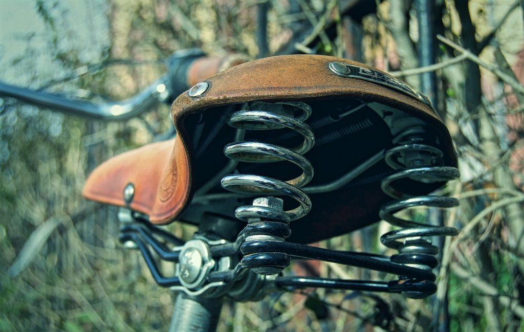 saddle-2614038_1920
