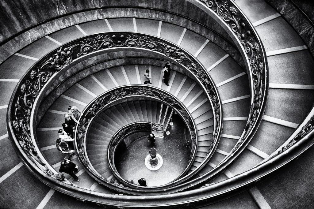 stairway-1136071_1920