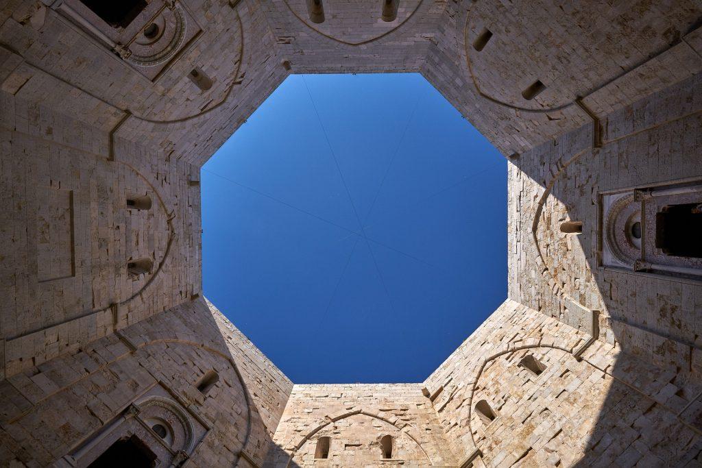 castel-del-monte-4624875_1920